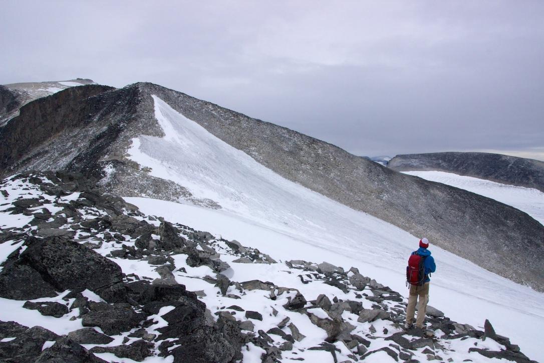 Galdhøpiggen three peaks